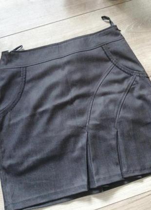 Короткая юбка карандаш серая классическая юбка