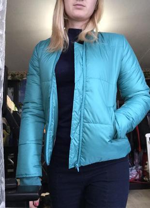 Куртка женская 44