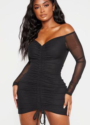 Платье мини чёрное с длинными рукавами