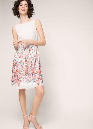 Нежное платье в розовый цветочный принт
