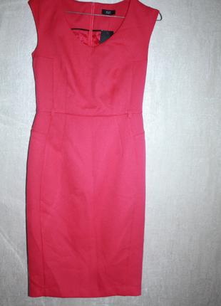 Новое с биркой платье-карандаш футляр малиновое фактурное f&f ...