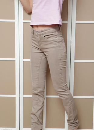 Бежевые джинсы с завышенной талией h&m
