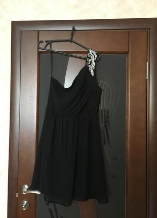 Изумительно красивое шифоновое платье на одно плечо vero moda ...