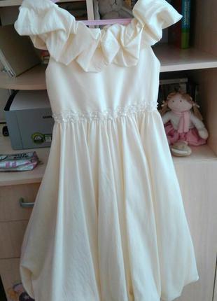 Нарядное платье для девочки 140-154