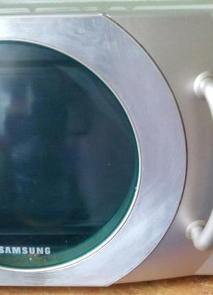 Микроволновая печь SAMSUNG с богатым функционалом