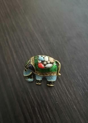 Брошка Слон