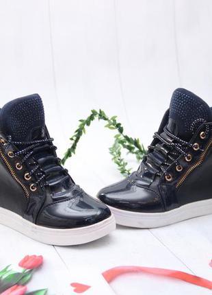 Ботинки для девочки фирмы канарейка