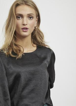 Черная сатиновая блуза vila