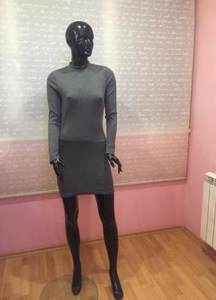 Базовое платье в рубчик, серого цвета, размер s-m
