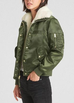 Бомбер/куртка  gap