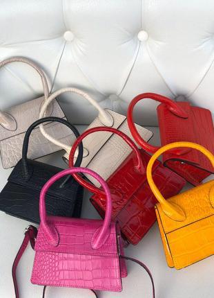 Маленькие кожаные сумочки италия