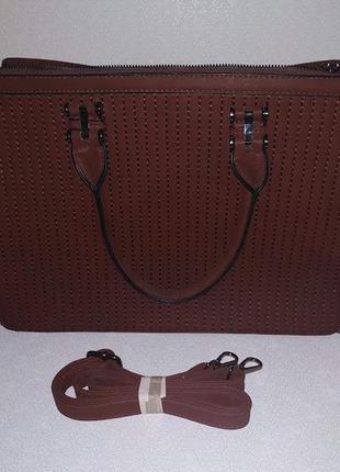Симпатична сумка.
