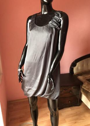 Платье колокольчик h&m's  размер 46-48