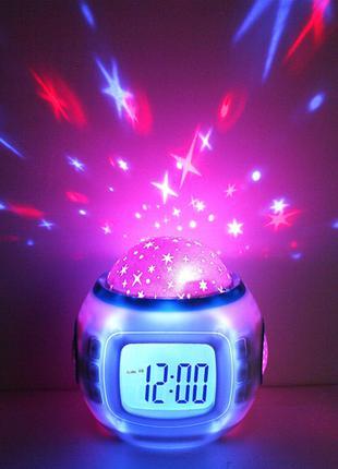 Часы с будильником и проектором звездного неба