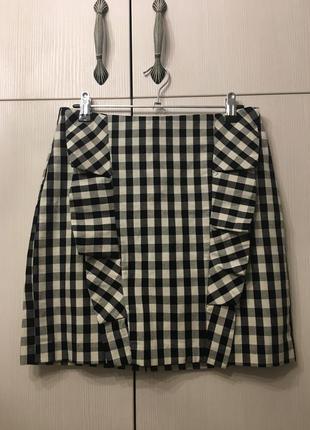 Стильная юбка с модным принтом виши