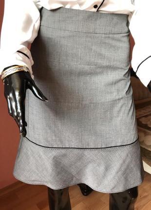 Юбка серая, классического кроя, размер 44, 46
