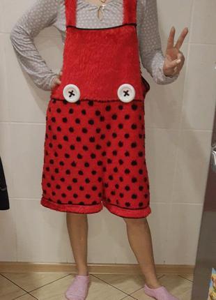 Карнавальный костюм шорты кдоуна, божья коровка