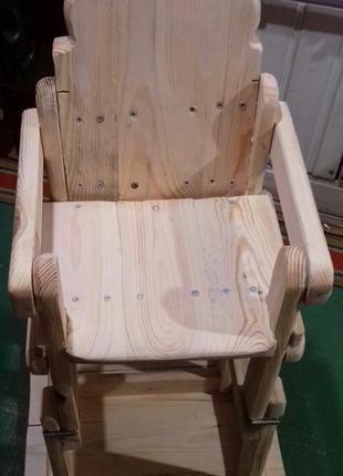Детский стульчик- стол для кормления.