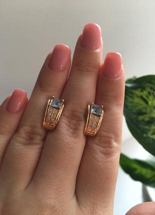 Зототые серьги с топазами и бриллиантами