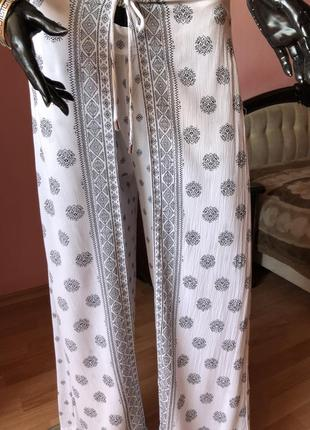 Широкие штаны из вискозы, крой юбка, размер 48-50