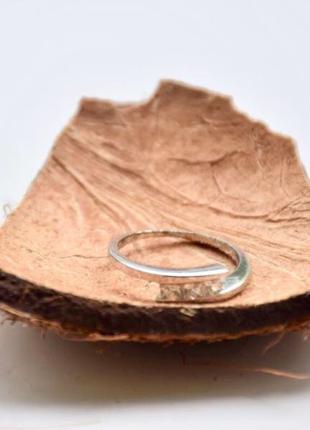 #Кольцо под серебро #кольцо с камнями