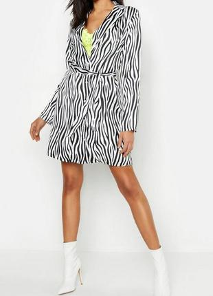 Boohoo. неоновое платье-рубашка с принтом зебра uk 8.на наш 44...