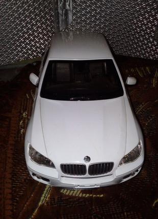 Машина BMW X6/на пульте машинка р/у BMW X6 1:14