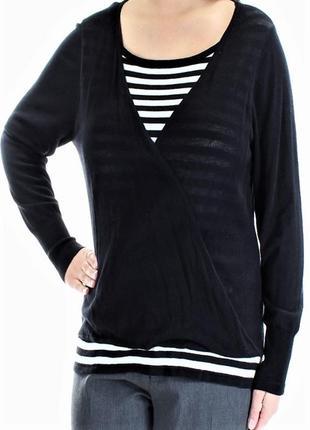 Тоненький свитерок-обманка, с полосатыми вставками , размер s