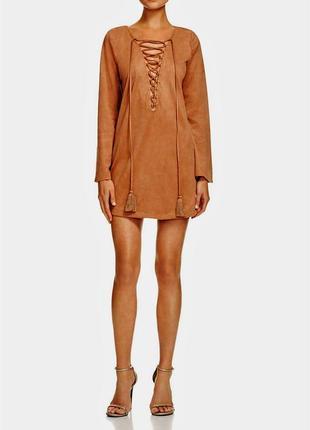 Клубное платье (искусст.замш)с глубоким v-вырезом на шнуровке ...