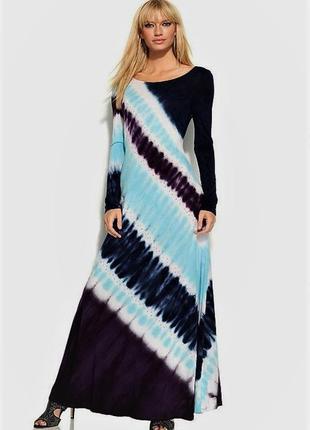 """Эффектное платье в диагональный принт """"размытая полоса"""" прямой..."""