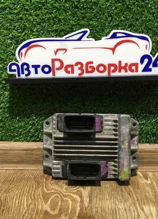 Блок управления двигателем ЭБУ 1.7 CDTI Опель Комбо запчасти Opel
