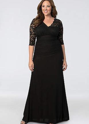 Вечернее платье с ажурными рукавами и кокеткой,v-вырезом на за...
