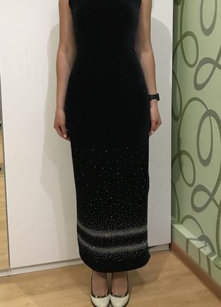 вечернее платье из чёрного бархата s