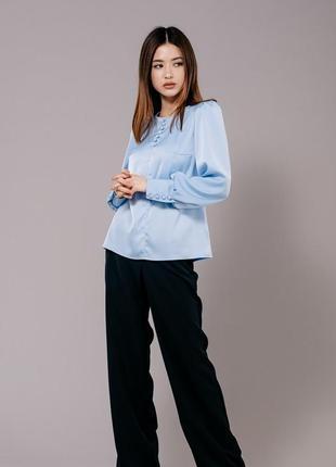 Нарядная атласная блуза