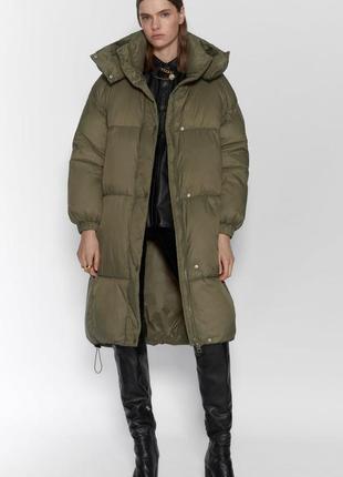 Курточка zara  с высоким воротником. размер м