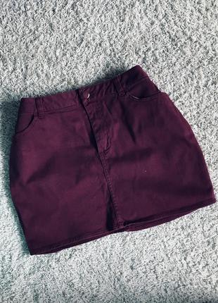 Джинсовая юбка бордового цвета юбочка короткая