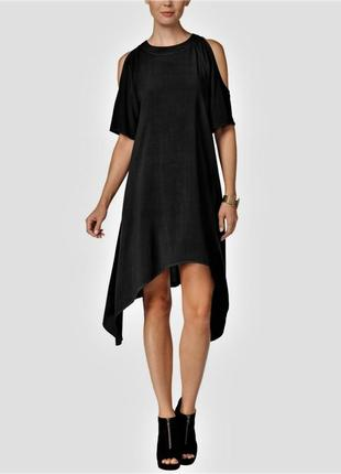 Платье силуэт трапеция с асимметричным низом и короткими рукав...