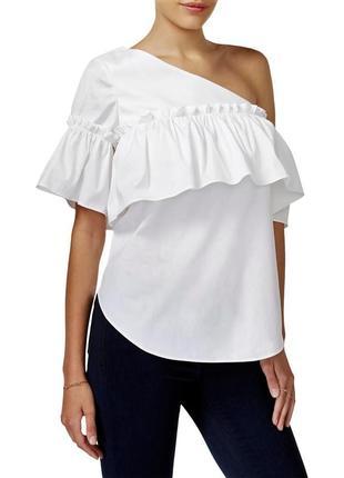 Блуза на одно плечо с оборкой по груди и рукаву , размер м