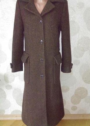 Шерстяное длинное пальто маленького размера
