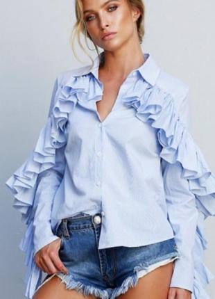 Романтическая рубашка, с рукавами, отороченными воланами во вс...