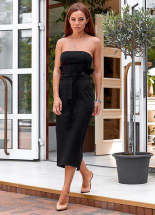 Платье с открытыми плечами черное