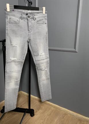 Серые обтягивающие стретч стрейч сірі джинси джинсы с рваностями