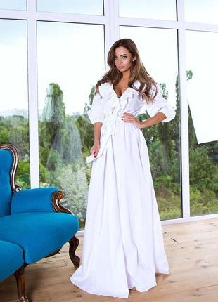 Платье в пол белый