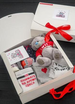 Подарочный набор женский трусики 3шт SHINE, мишка Teddy, носки...