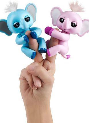 WowWee Fingerlings слоненок слон повторюшка розовый или голубо...