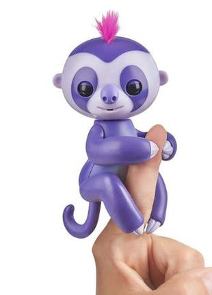 WowWee Fingerlings ленивец marge baby sloth puppet interactive