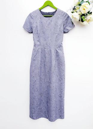 Красивое платье миди с вышивкой серое платье в стиле винтаж