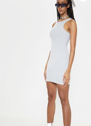 Базовое серое платье prettylittlething