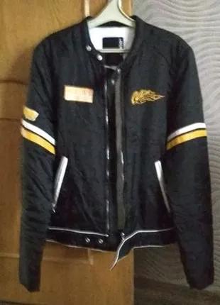 Крутая куртка бомбер осень, весна - размер М