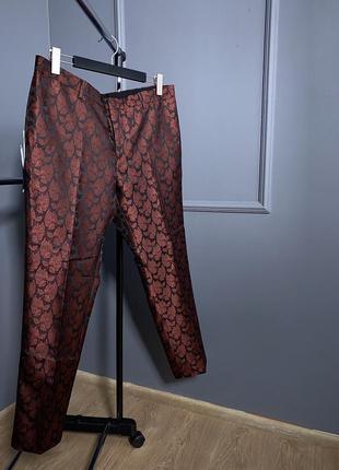 Нежные легкие классические бордовые премиум скини брюки в узор...
